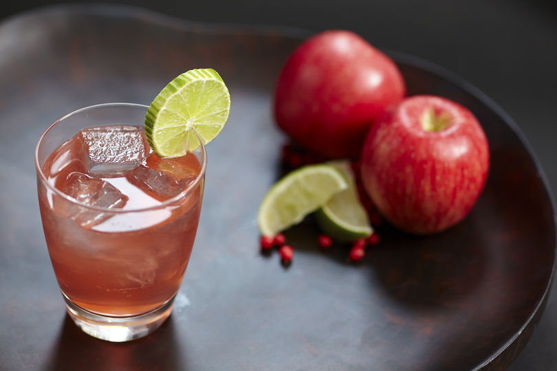 Crown Royal® Regal Apple Flavored Whisky Crownberry Cocktail Recipe